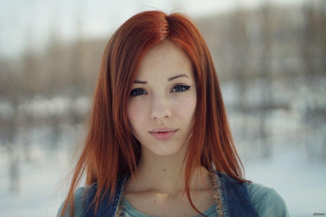 Рыжеволосая девушка в душе 3 фотография