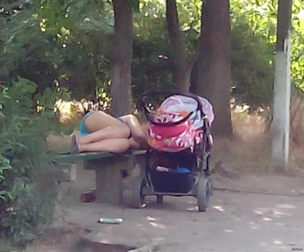 Сплю с мамой рассказ 31 фотография